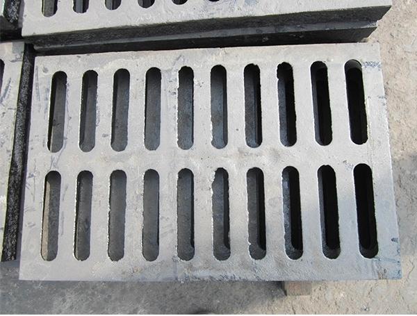 普遍的化粪池有二种处理方法
